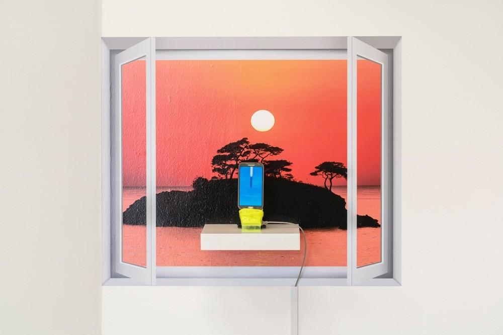 창문그림액자 A타입-아름다운 일출과 핸드폰 WindowPictureFrame Type A—Beautiful Sunrise and a Mobile Phone